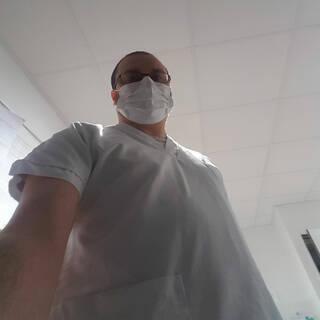 Cédric - Aide soignant en EHPAD