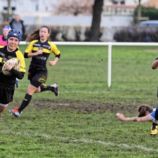 08/02/2020 - POC'ettes U18 - J8 - Stade Rochelais 31 / 12 Agen