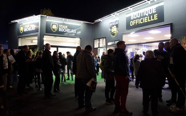 Beaucoup de monde pour la nocturne de notre nouvelle boutique !