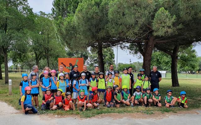 Vélo, beach rugby et nettoyage de plage pour les U10 !