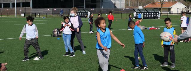 Des initiations rugby pour le Centre du Pertuis de Mireuil